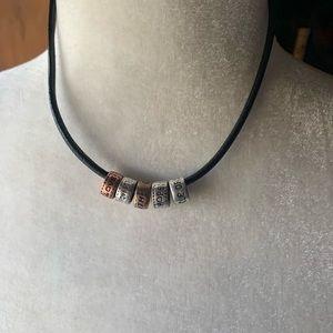 Premier Designs Circle of Friends Necklace